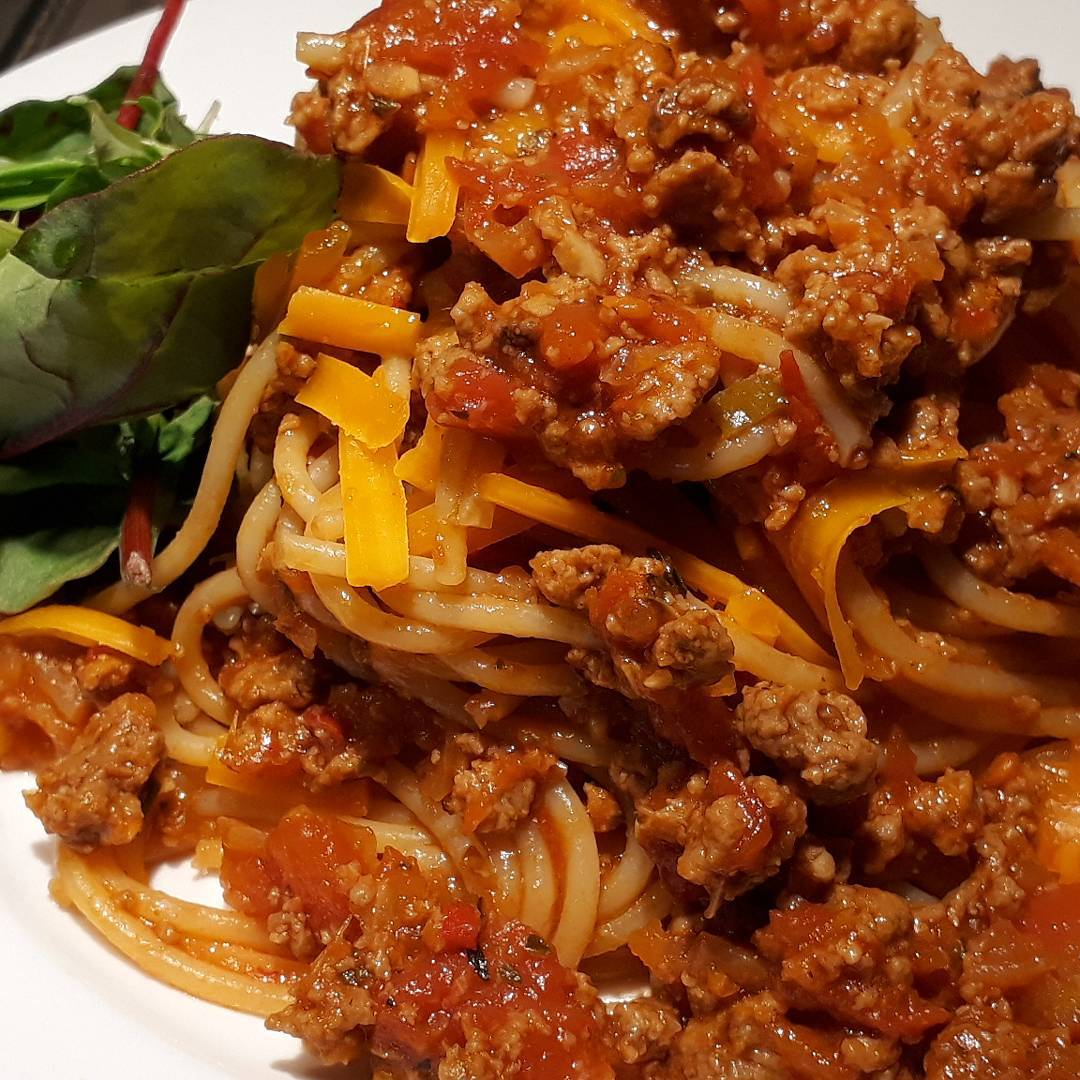 how to make spaghetti bolognese with quorn mince